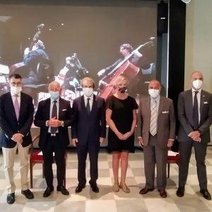 """""""Serenate"""" al Teatro Carlo Felice, il primo concerto con la RINA """"Biosafety trust certification"""""""