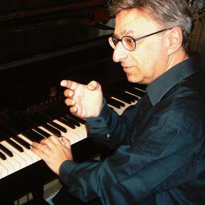 Read more about the article Damerini interpreta Beethoven
