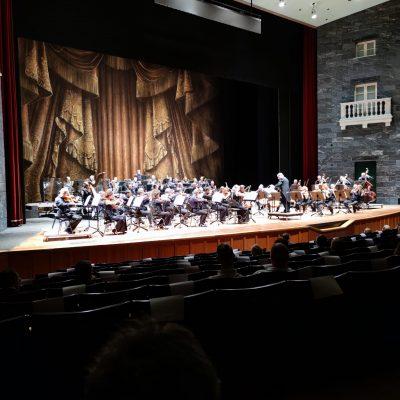 L'Orchestra del Teatro Carlo Felice di Genova diretta da Donato Renzetti nell'Omaggio a Beethoven del 18 settembre