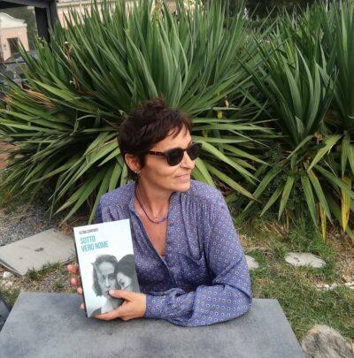 """Read more about the article Teatro Garage, ottobre parte con la presentazione di """"Sotto vero nome"""" di Elena Conforti"""